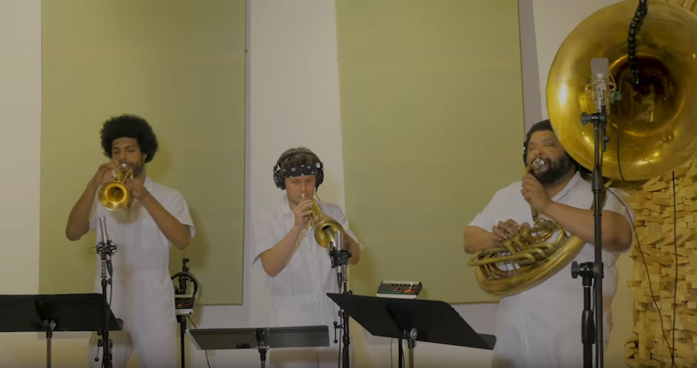 Brass Against — «My Own Summer (Shove It)» (Deftones' cover)