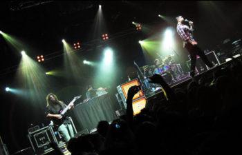 Выступление группы Deftones в The Palace Theatre, Мельбурн, Австралия (30 января 2011 года)