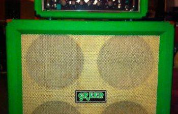 Гитарный усилитель и блок колонок Matamp, принадлежавшие Чино Морено из Deftones