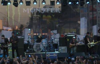 ††† (Crosses) на Sunset Strip Music Festival 2014: Шон Лопез (клавиши, гитара), Чино Морено (вокал), Дино Кампанелла (ударные), Чак Дум (бас), Джоно Эванс (клавиши, гитара)