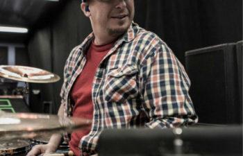 Барабанщик Deftones — Эйб Каннингам (Abe Cunningham)