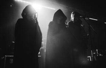 Действительно ли группа Sleep Token бесцеремонно скопировала Deftones на новом треке «Gods»?