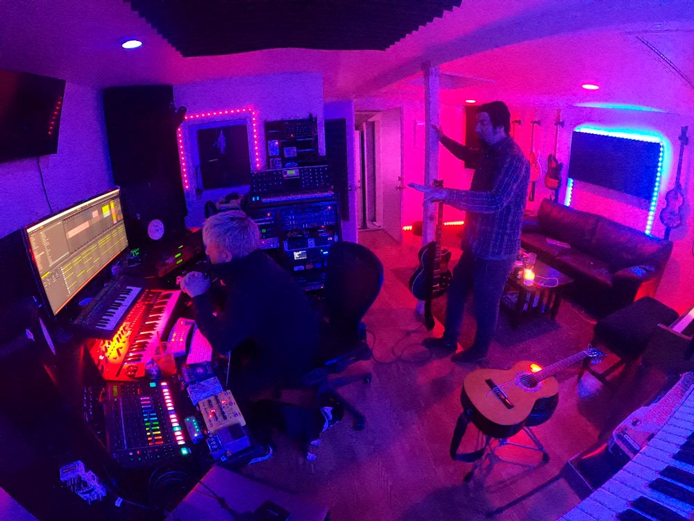 Чино Морено и Шон Лопез из Crosses (†††) в студии